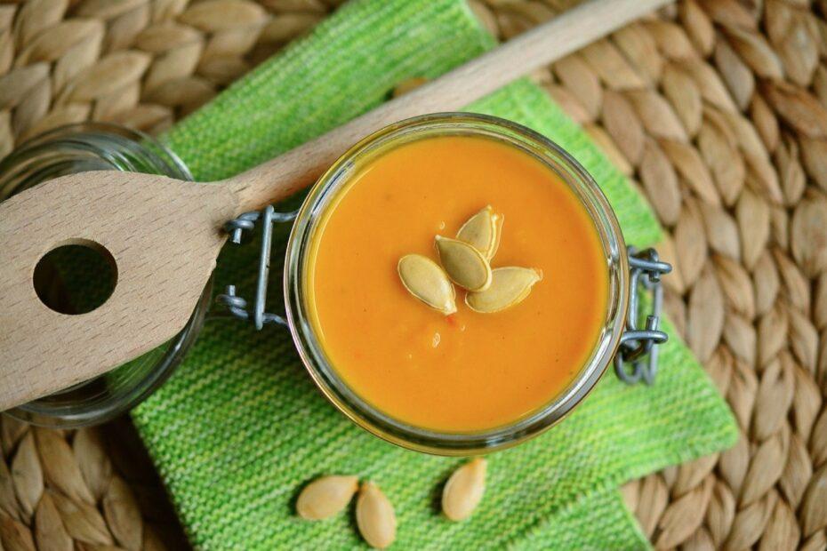 sopa de abóbora com leite de coco